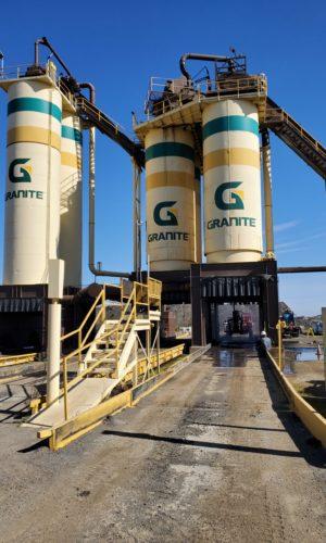 photo of Bradshaw Granite Asphalt Plant Silos, Sacramento, CA, DrumJet project