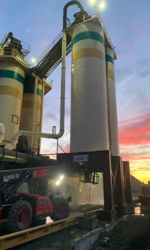 photo of Hydrojetting of Asphalt Plant Silos, Sacramento, CA, DrumJet project